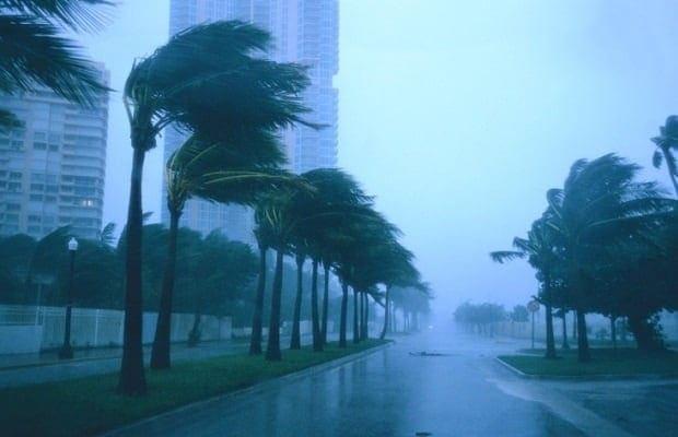 天候が荒れればレースも荒れる