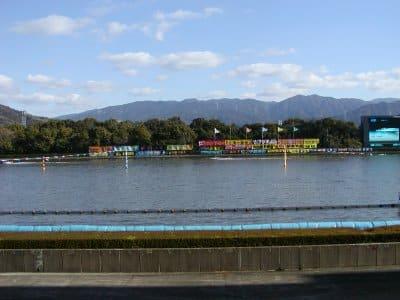 近隣は河畔公園として整備